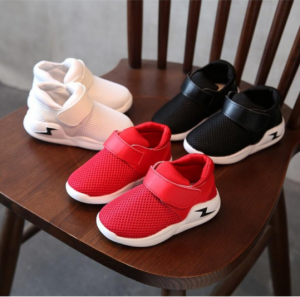 CHILDRENS SPORTS SHOES SNEAKERS